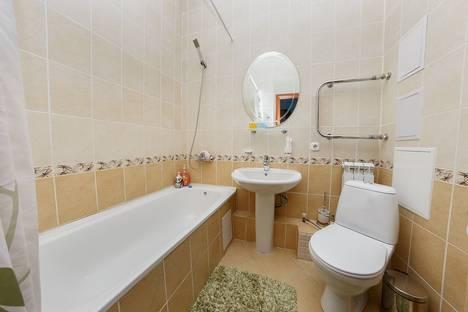Сдается 2-комнатная квартира посуточно в Астане, улица Динмухамеда Кунаева, 12.