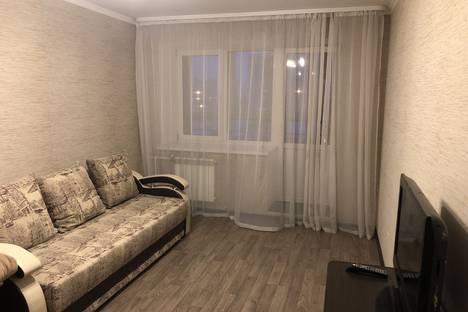 Сдается 1-комнатная квартира посуточно, улица Самарцева, 3.