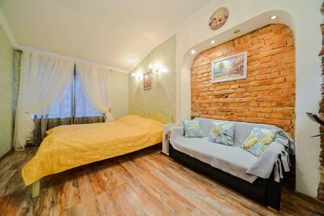 Сдается 1-комнатная квартира посуточно, Невский проспект, 90-92 лит Д.