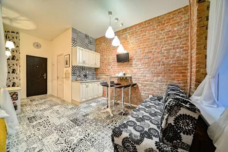 Сдается 1-комнатная квартира посуточно, Гороховая улица, 32.