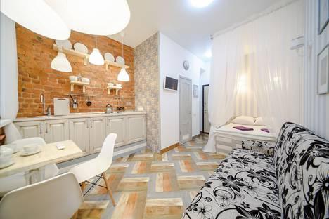 Сдается 1-комнатная квартира посуточно в Санкт-Петербурге, набережная канала Грибоедова, 113.
