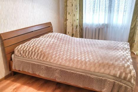 Сдается 2-комнатная квартира посуточно в Кобрине, улица Парковая, 6.