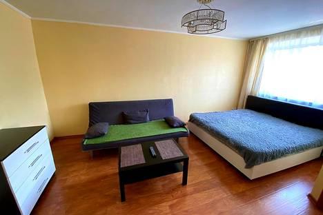 Сдается 1-комнатная квартира посуточно, Иртышская Набережная улица, 26.