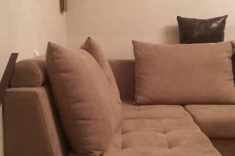 Сдается 2-комнатная квартира посуточно в Бишкеке, 3 мкр 25дом.