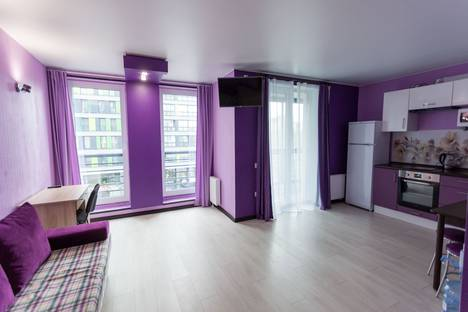Сдается 1-комнатная квартира посуточно в Тюмени, улица 50 Лет Октября, 57б.