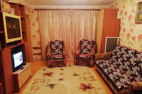 Сдается 2-комнатная квартира посуточно в Великом Устюге, Кузнецкая улица, 1.