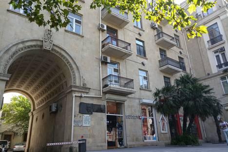 Сдается 3-комнатная квартира посуточно в Баку, 28 Мая 20.