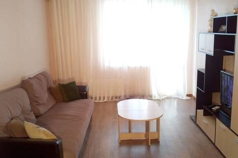 Сдается 2-комнатная квартира посуточно в Волгограде, просп. В.и. Ленина, 72Б.