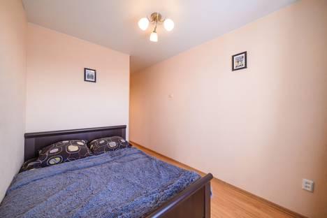 Сдается 2-комнатная квартира посуточно во Владивостоке, Алилуева 12а.