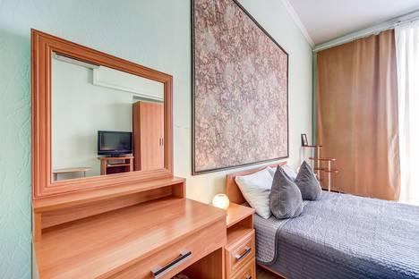 Сдается 5-комнатная квартира посуточно в Санкт-Петербурге, набережная реки Фонтанки, 85.