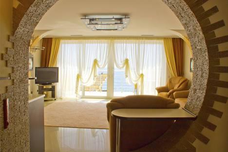 Сдается 3-комнатная квартира посуточно в Никите, г. Ялта, Даниловка, ул. Лесная, 4а.
