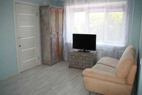 Сдается 2-комнатная квартира посуточно в Твери, Трехсвятская улица, 28.