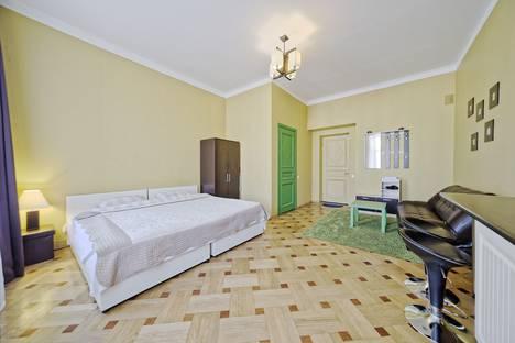 Сдается 1-комнатная квартира посуточно, Невский проспект, 63.