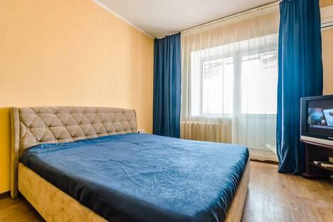 Сдается 1-комнатная квартира посуточно, Революционная улица, 130.