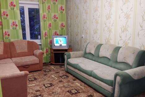 Сдается 1-комнатная квартира посуточно, 9й мкр-н, 13.