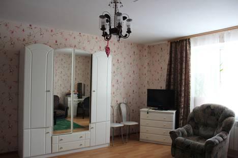 Сдается 1-комнатная квартира посуточно, улица Бекетова, 36.