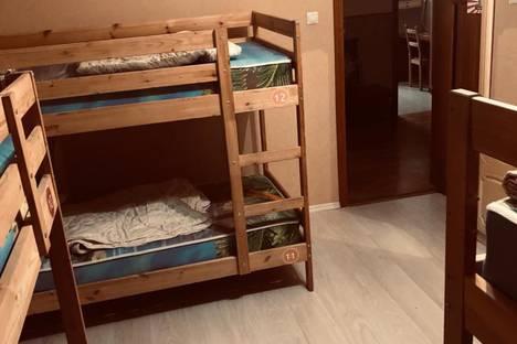 Сдается 4-комнатная квартира посуточно в Ульяновске, Ульяновск. ул. Федерации 8.