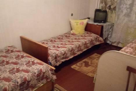 Сдается 2-комнатная квартира посуточно, улица Краснодонцев, 94,.