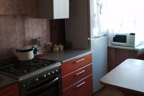 Сдается 2-комнатная квартира посуточно в Калинковичах, улица 50 лет Октября.