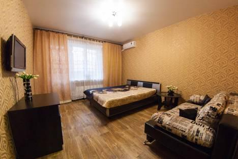 Сдается 1-комнатная квартира посуточно, проспект Ленинский, 126.