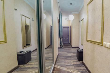 Сдается 2-комнатная квартира посуточно в Казани, улица Лево-Булачная, 42.