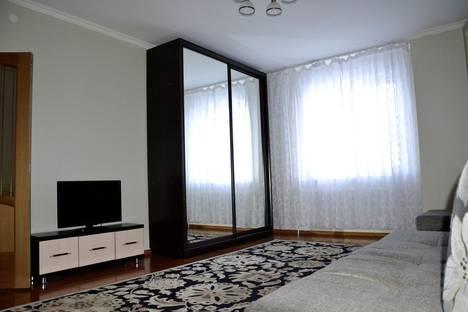 Сдается 1-комнатная квартира посуточно в Нур-Султане (Астане), улица Акмешит, 7б.