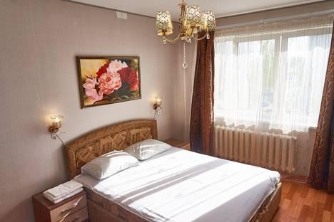 Сдается 1-комнатная квартира посуточно в Великих Луках, переулок Пескарева, 3к1.