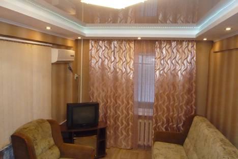 Сдается 1-комнатная квартира посуточно в Орске, улица Давыдова, 4.