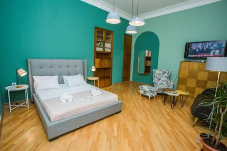 Сдается 2-комнатная квартира посуточно в Тбилиси, T'bilisi, Shalva Dadiani Street 13.
