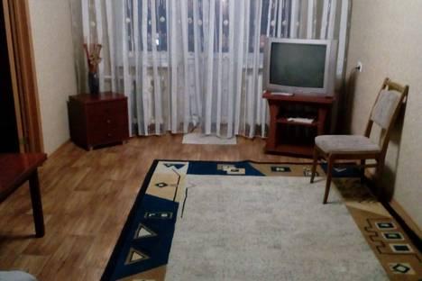 Сдается 2-комнатная квартира посуточно в Ломоносове, Александровская улица д.31.