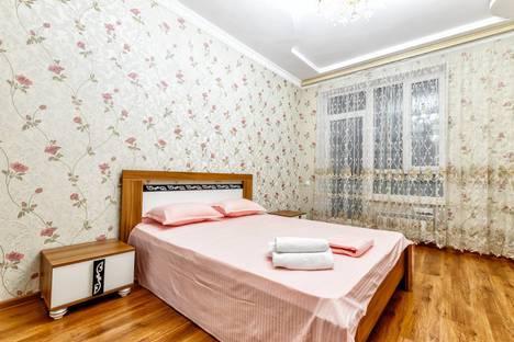 Сдается 2-комнатная квартира посуточно в Нур-Султане (Астане), проспект Кабанбай Батыра 7б.