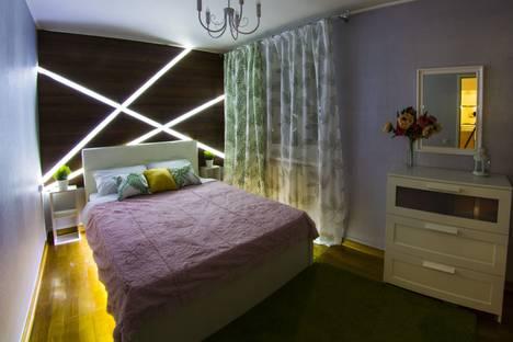 Сдается 2-комнатная квартира посуточно в Омске, Иртышская Набережная улица, 31.