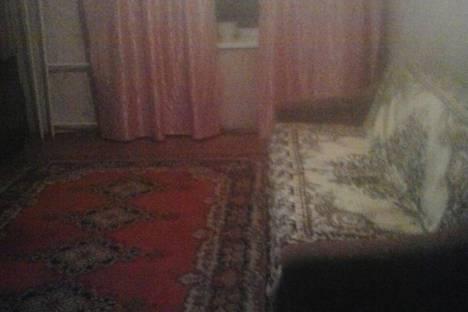 Сдается 2-комнатная квартира посуточно, улица Чертыгашева, 120.