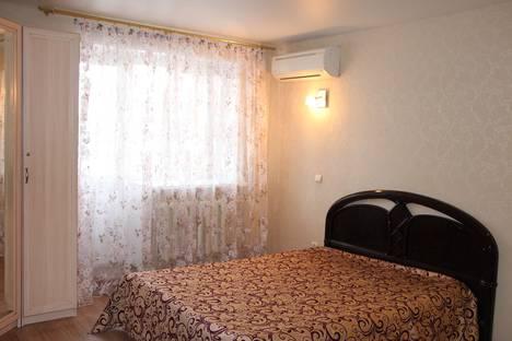 Сдается 1-комнатная квартира посуточно в Уфе, Комсомольская улица, 106.