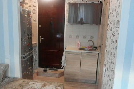 Сдается 1-комнатная квартира посуточно в Ильичёвске, Чорноморськ, вулиця 1-го Травня, 7Б.