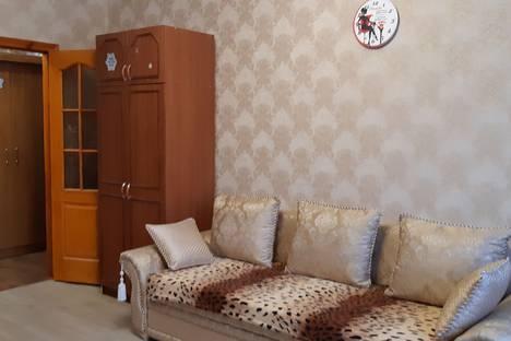 Сдается 2-комнатная квартира посуточно в Вольске, Звездная улица, 8.
