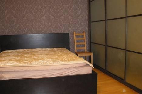 Сдается 1-комнатная квартира посуточно в Броварах, Грушевского21.