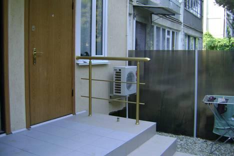 Сдается 1-комнатная квартира посуточно в Партените, улица Васильченко 2.