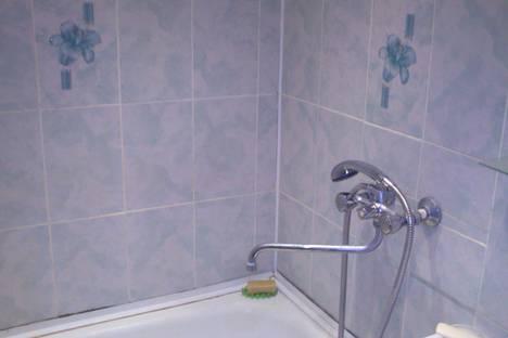 Сдается 2-комнатная квартира посуточно в Йошкар-Оле, улица Эшкинина, 6.
