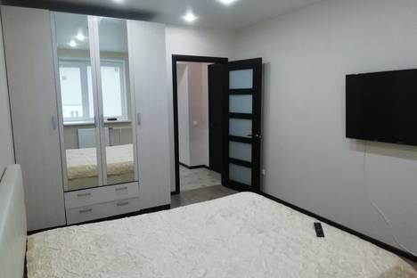 Сдается 2-комнатная квартира посуточно в Великом Новгороде, улица Кочетова, 30 кор. 4.