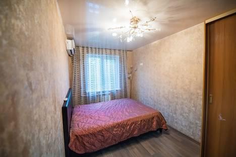 Сдается 3-комнатная квартира посуточно, проспект Острякова, 7А.
