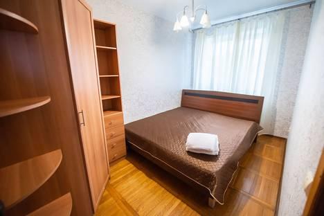 Сдается 3-комнатная квартира посуточно, Тигровая улица, 16.