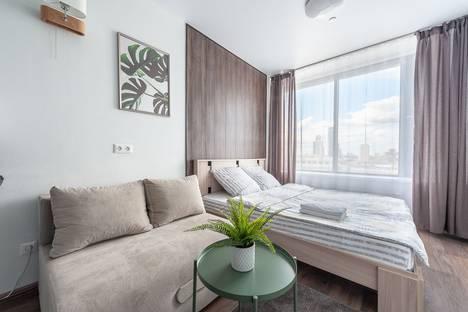Сдается 1-комнатная квартира посуточно, улица Малышева, 42а.