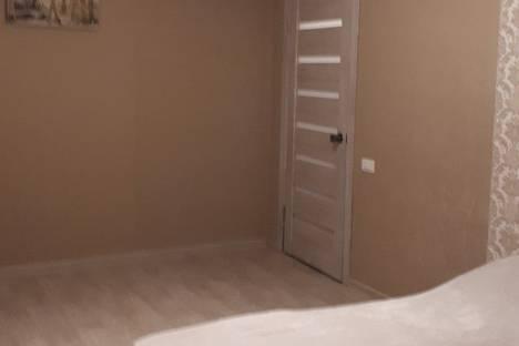 Сдается 1-комнатная квартира посуточно, улица 8 Марта, 148.