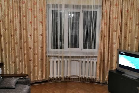 Сдается 2-комнатная квартира посуточно в Благовещенске, Институтская улица, 20.