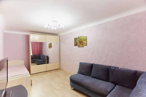 Сдается 1-комнатная квартира посуточно в Ухте, улица 40 Лет Коми, 11.