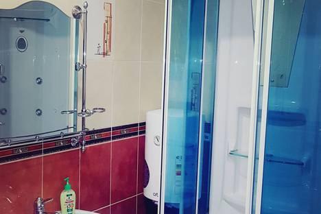 Сдается 2-комнатная квартира посуточно в Костанае, проспект Абая 160.