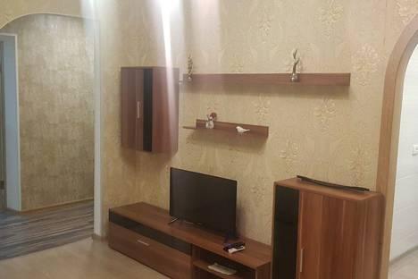 Сдается 2-комнатная квартира посуточно в Мариуполе, Маріуполь, вулиця Бахчиванджи, 5.