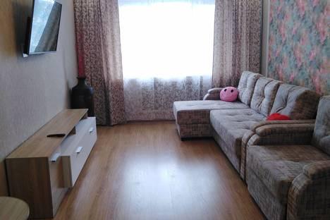 Сдается 1-комнатная квартира посуточно в Кирове, Розы Люксембург 5.