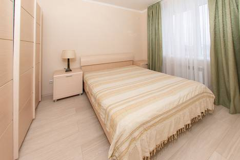 Сдается 2-комнатная квартира посуточно в Оренбурге, Мало-Ленинская улица, 167/2.
